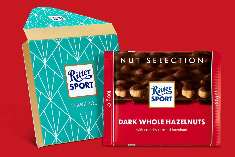 Dark Whole Hazelnuts Gift Wrapped 100g Chocolate Bar